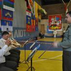 Гимном Российской Федерации в исполнении военного оркестра 38 Отдельного полка связи ВДВ завершилась торжественное открытие Первенства