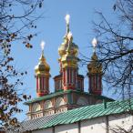 На следующий день, 9 октября, курсанты и гости собрались на Красногорской площади, у памятника преподобному Сергию Радонежскому у стен Лавры