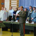 Первый командующий группировкой внутренних войск в Чечне и бывший комендант Грозного генерал-лейтенант И.Н. Рубцов пожелал всем, чтобы не было победителей и побежденных, - должна победить дружба!